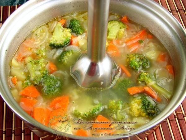 Как приготовить суп пюре. Блюдо из капусты брокколи