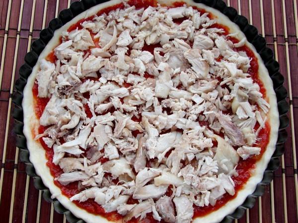 Как приготовить домашнюю пиццу. Пицца с курицей