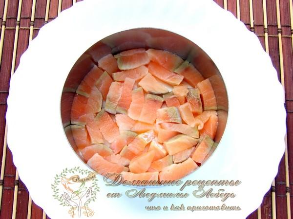 Как приготовить салат праздничный. Салат с красной рыбой