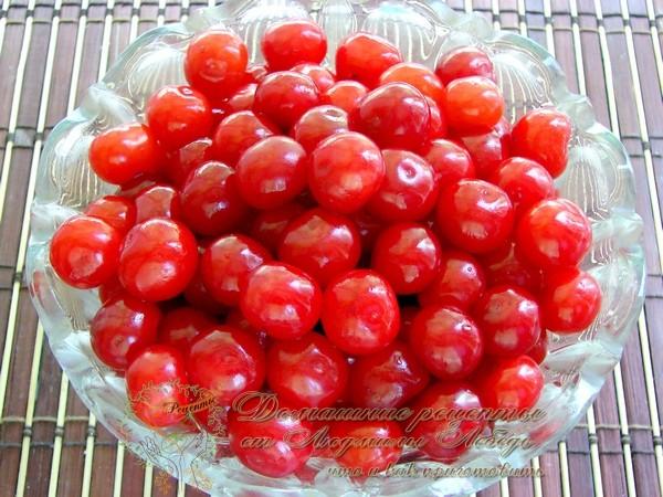 Компот из вишни на зиму - простой рецепт