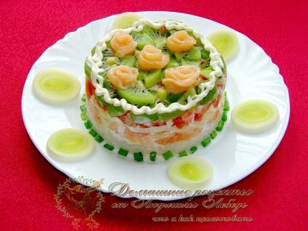 Рецепт салата с красной рыбой на Новый год